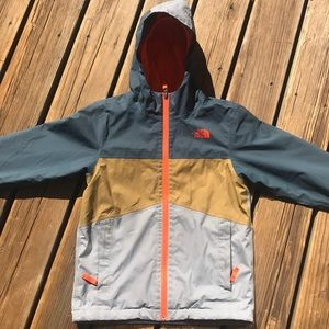 🆕 North Face shell